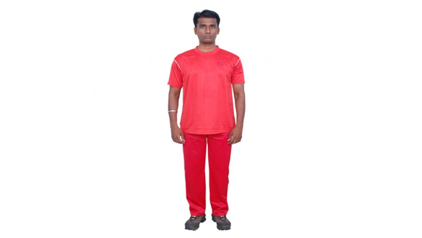 Tracksuit (M) Red – 50% Discount
